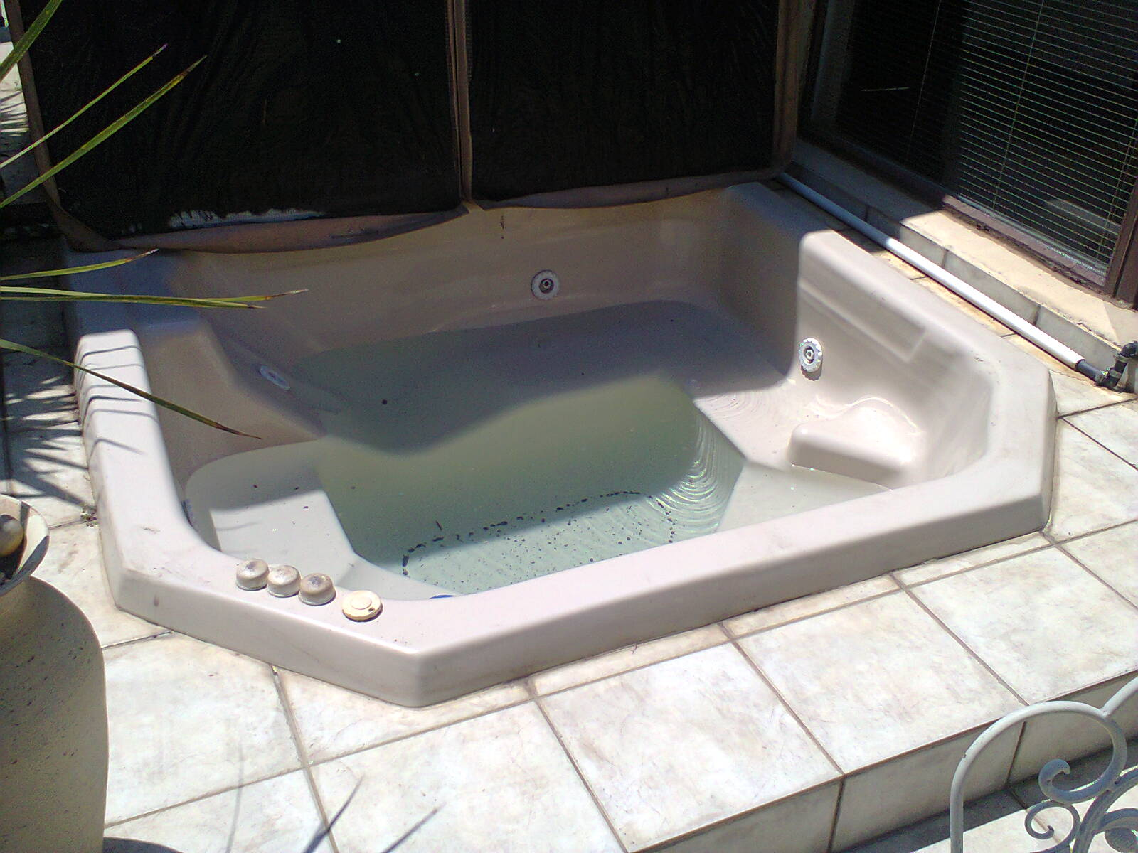 Jacuzzi Types | Jacuzzi Repairs Johannesburg Call Now!! 073 488 6855