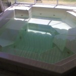 6 - 7 Seater Jacuzzi in ground with glass surround